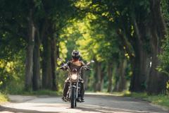 Baltmotors-Road-Viking-s-mototsiklistom