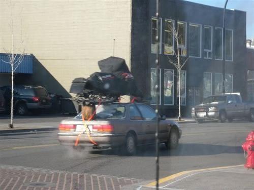 транспортировка мотобуксировщика на крыше с подставкой