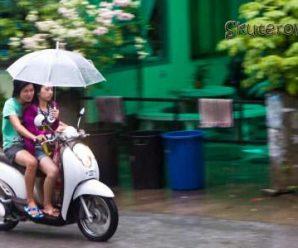 Как ездить в дождь на скутере