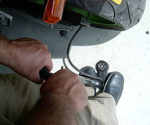 Какое должно быть давление в колесах скутера