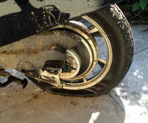 Если спустило колесо на скутере